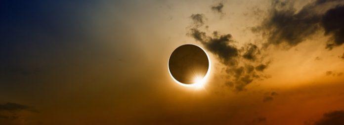 Pengertian Gerhana Matahari Total