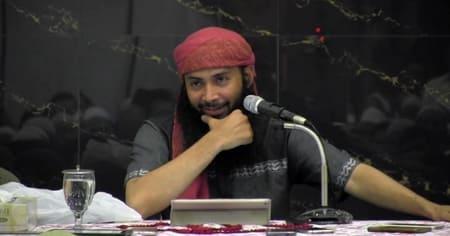Ustadz Syafiq Riza Basalamah