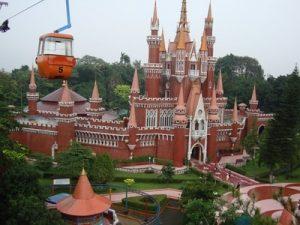 Taman Mini Indonesia Indah Jakarta - Tempat Wisata Liburan Jalan Jalan