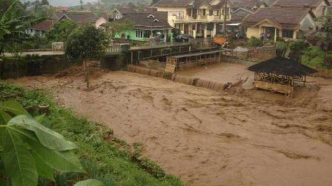 Banjir Bandang Bandung
