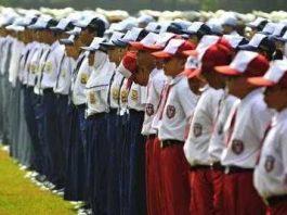pengertian disiplin (Para Ahli) : Tujuan dan Contoh (Disiplin Sekolah, Kerja, Pegawai)