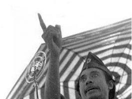 Gambar Foto Hitam Putih - Biografi Bung Tomo Singkat Pahlawan Nasional Indonesia