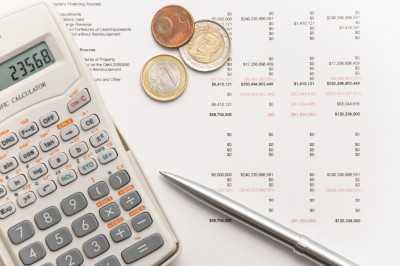 Pengertian Anggaran Adalah: Arti, Tujuan, Jenis, Kelebihan dan Kekurangan
