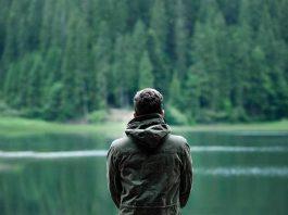 Pengertian Introversion Sejarah, Ciri Ciri, Kesehatan Mental dan Fisik