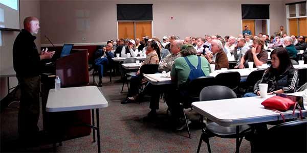 Pengertian Workshop Adalah Definisi Arti Kegiatan Rangkaian Acara, Ciri, Manfaat, Macam dan Susunan